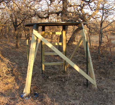 Rick s pick the blind turtle blind bowhunting net for Elevated deer hunting blinds