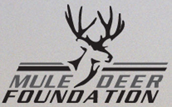 Mule Deer Foundation Donates to MidwayUSA Foundation