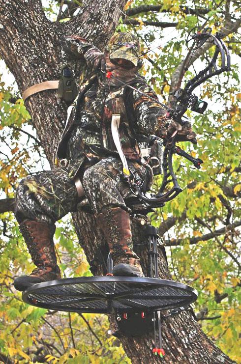GEAR REVIEW: Johnson 360 Treestand