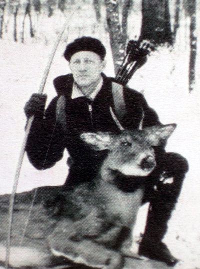 The influence of Wisconsin bowhunting legend and broadhead manufacturer Roy Case reached across North America after he made archery history on December 6, 1930, when he arrowed this spike buck.