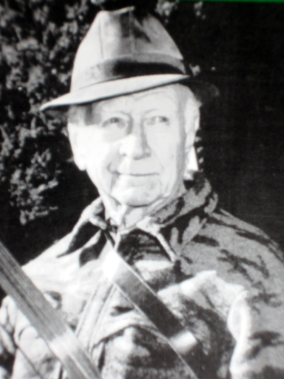 In the 1940s talented bowyer Earl Hoyt founded a company destined to become known worldwide for its quality tournament and hunting bows.