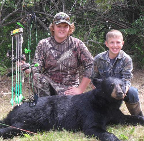 Last Bearhunt: Tucker's 'Good Morning Bear'