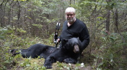 Last Bearhunt: Fred Tags A Big One
