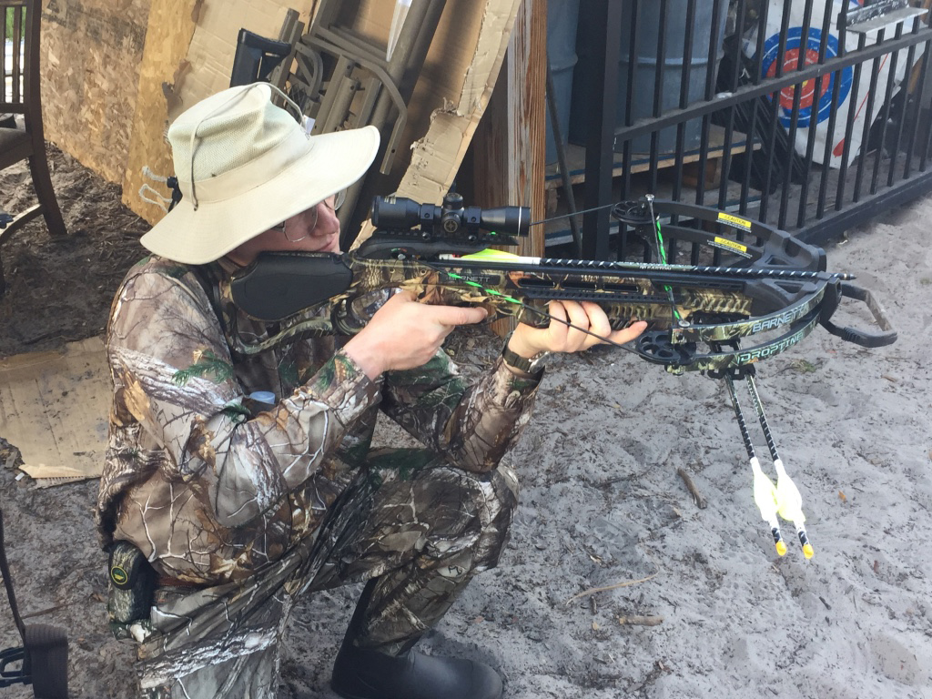 Ti m Dehn shooting crossbow