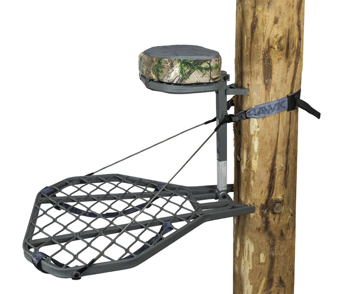 Helium XL Hang-On Treestand with Realtree Xtra Memory Foam Cushion