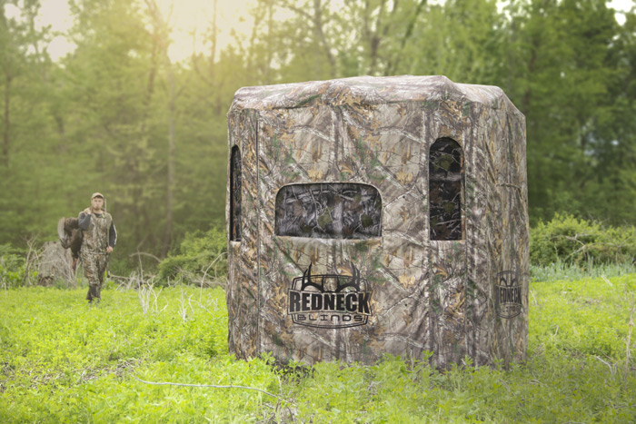 Redneck Soft Side 6×6 Camo 360 Blind in Realtree Xtra