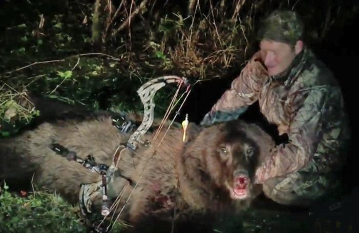 VIDEO: Brown Bear Bowhunt