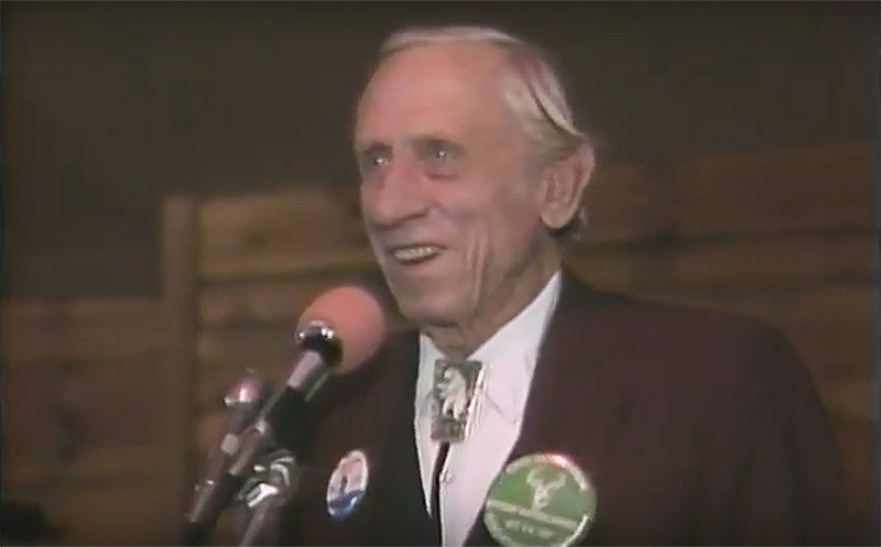 VIDEO: Fred Bear Was Funny Too!
