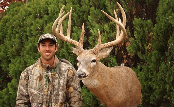 David Yutzy Hunts Scraps of Land for Big Bucks