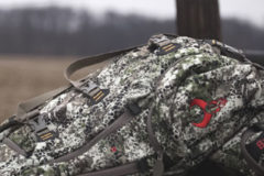 New Badlands 'Ascent Pack' – Designed to Climb Hills or Trees