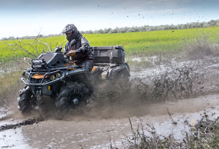 How to Pick the Best ATV For Deer Hunting