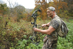 What to Pack When Bowhunting on a Camping Trip?