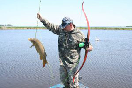 Bowfishing Spring and Summer Fun