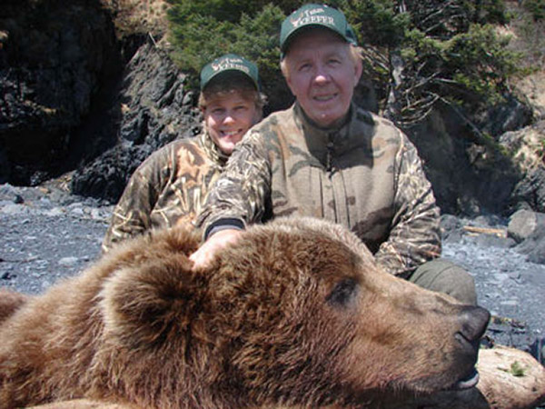 ROY KEEFER: Alaskan Brown Bear Bowhunt